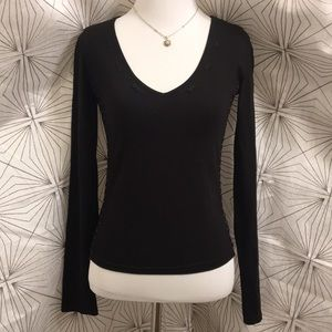 Black Long Sleeve V-Neck with Gold Side Stitching